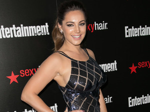 Kelly Brook shows off the results of her 3 inch weight loss