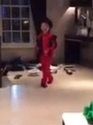 Coleen and Wayne Rooney share video of Kai impersonating Michael Jackson - 21 Jan 2015