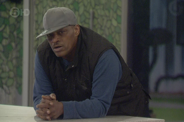 Alexander O'Neal becomes angry with Perez Hilton for breathing over the food he was going to eat on 'Celebrity Big Brother' - 01/19/2015
