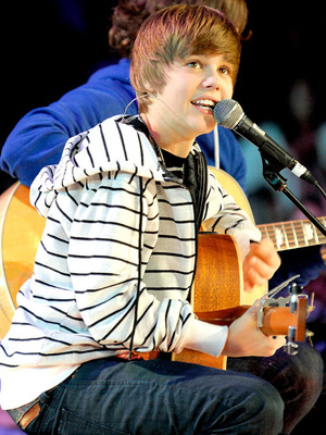 Justin Bieber 'We Day: a youth empowerment event' held at The Air Canada Centre - Performance Toronto, Canada - 05.10.09