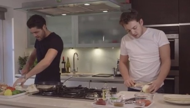 James Diags Bennewith and Tom Pearce cooking