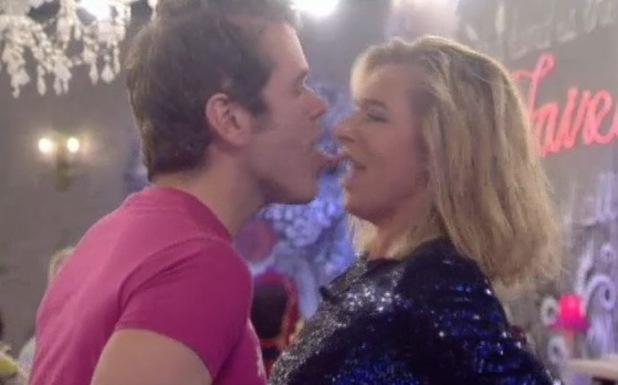 Perez Hilton tries to lick Katie Hopkins in CBB - 28 January 2015
