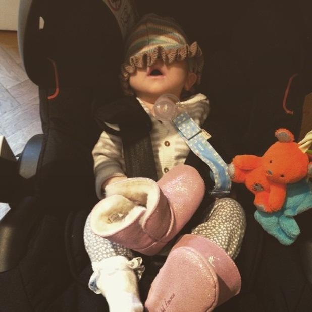 Kimberly Wyatt shares cute photo of daughter Willow 27 January