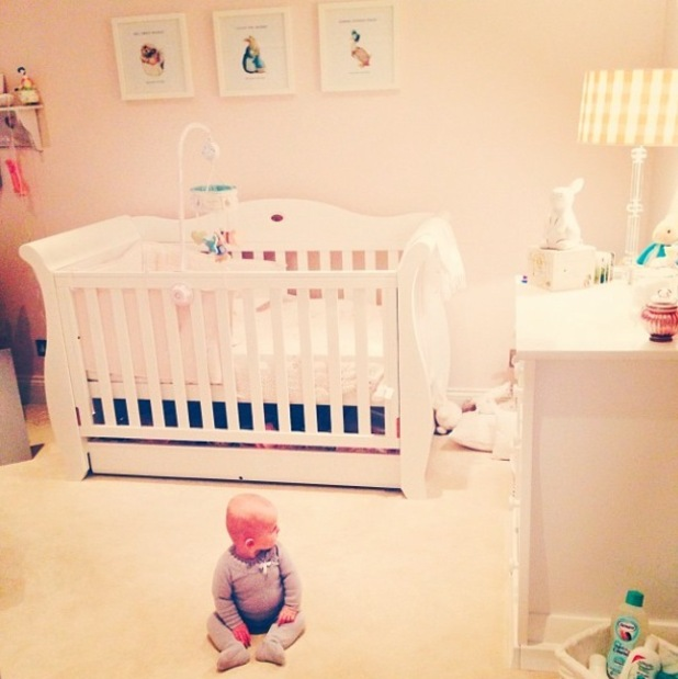 TOWIE's Billie Faiers shares picture of 'meetkat' daughter Nelly - 27 Jan 2015
