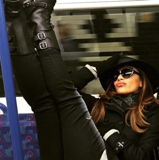Nicole Scherzinger documents her journey on the tube - 25/1/2015.