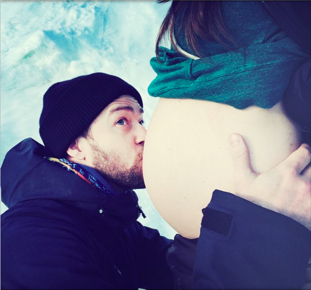 Justin Timberlake confirms he and wife Jessica Biel are expecting their first baby, 31 January 2015
