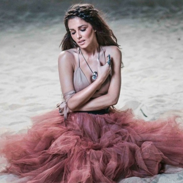 Cheryl unveils new video for 'Only Human' - 4 Feb 2015
