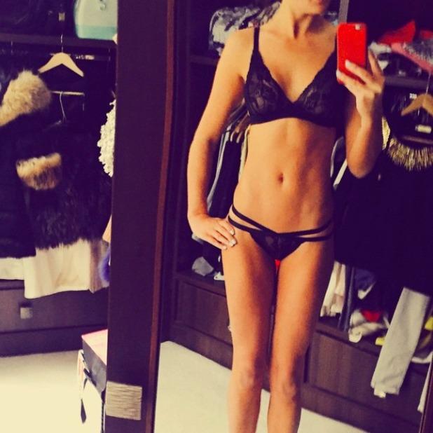 Danielle Lloyd poses in her underwear for Instagram selfie, 7 February 2015
