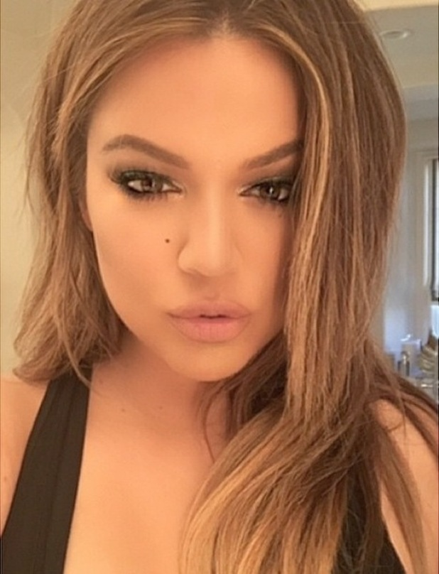 Khloe Kardashian has her make-up done by Mario Dedivanovic, using Anastasia Beverly Hills Liquid Lipstick in Pure Hollywood - 2 February 2015