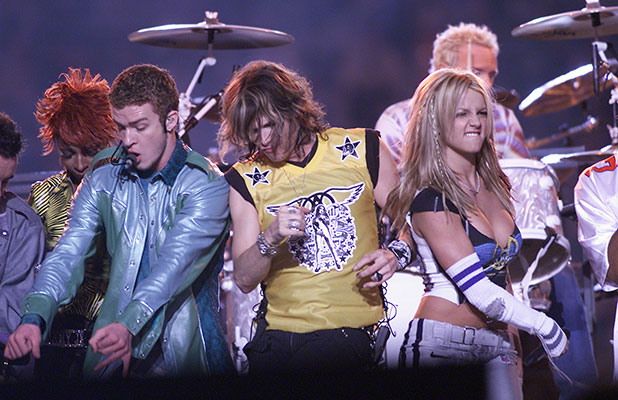Mary J. Blige, Justin Timberlake, Steven Tyler, and Britney Spears on stage during MTV's Superbowl halftime show at Raymond James Stadium in Tampa, Fla.. 1/28/01