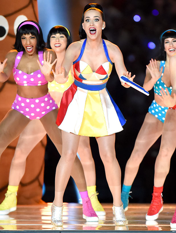 Katy Perry performs during the Pepsi Super Bowl XLIX Halftime Show at University of Phoenix Stadium on February 1, 2015 in Glendale, Arizona. (Photo by Jeff Kravitz/FilmMagic)