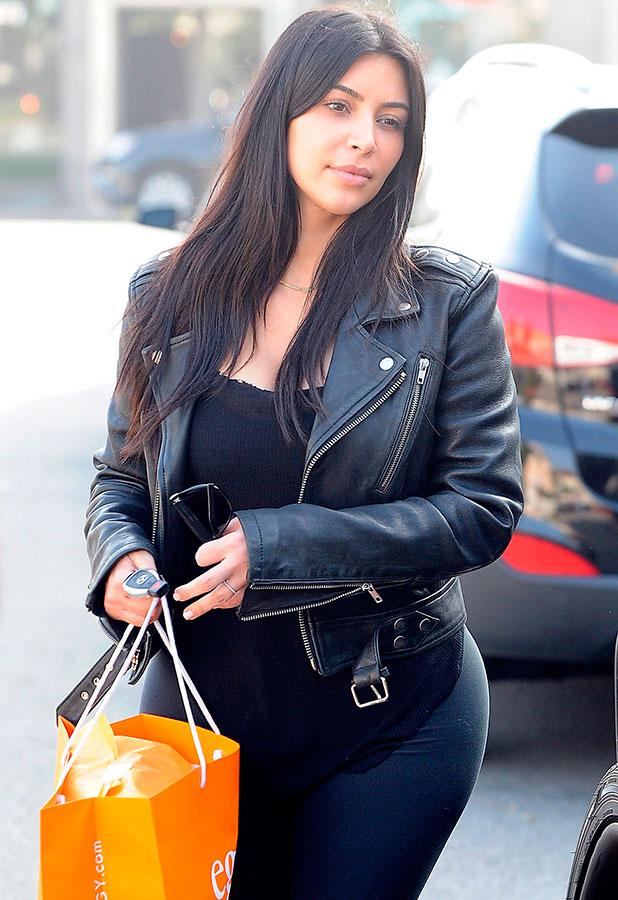 Kim Kardashian out shopping in LA, 4 February 2015