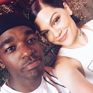 Jessie J and Luke James selfie 12 February