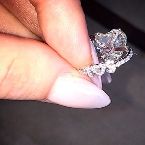 Lady Gaga reveals hers and Taylor Kinney's initials in her engagement ring - 19 Feb 2015
