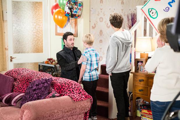 Corrie, Callum tells Max, Fri 20 Feb
