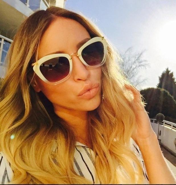 Lauren Pope sunglasses selfie, 18/2/15