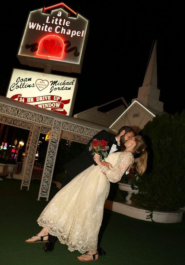 reveal's celebrity editor Emma Hunt gets married in Las Vegas