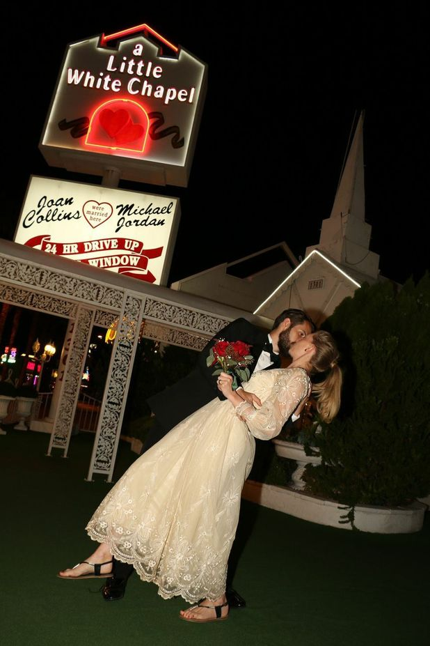 reveal's celebrity editor Emma Hunt gets married in Las Vegas