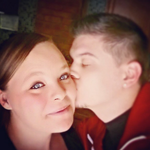 Teen Mom's Tyler Baltierra and Catelynn Lowell in Instagram picture, February 2015