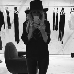 Ellie Goulding buys her first hat from Saint Laurent, Instagram 27 February