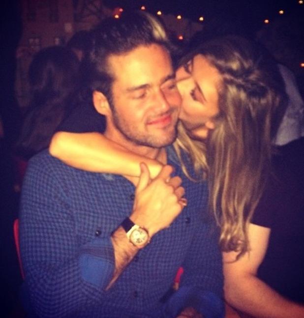 Lauren Hutton kisses boyfriend Spencer Matthews, Instagram 28 February