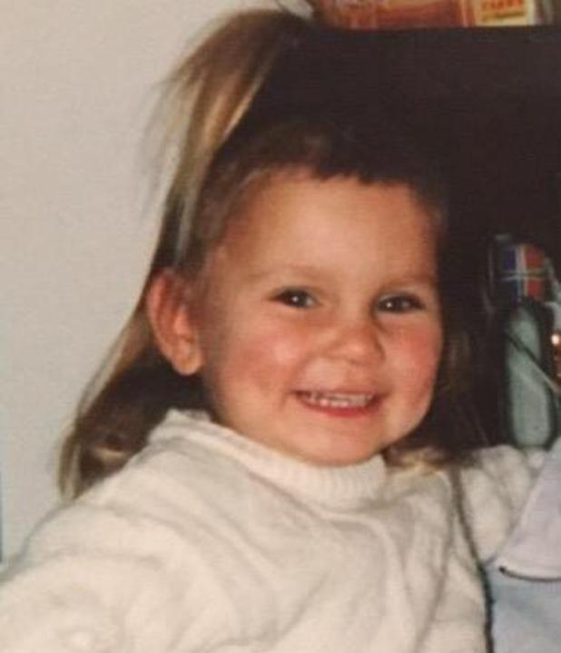 TOWIE's Sam Faiers shares throwback of herself after cutting own fringe - 6 March 2015