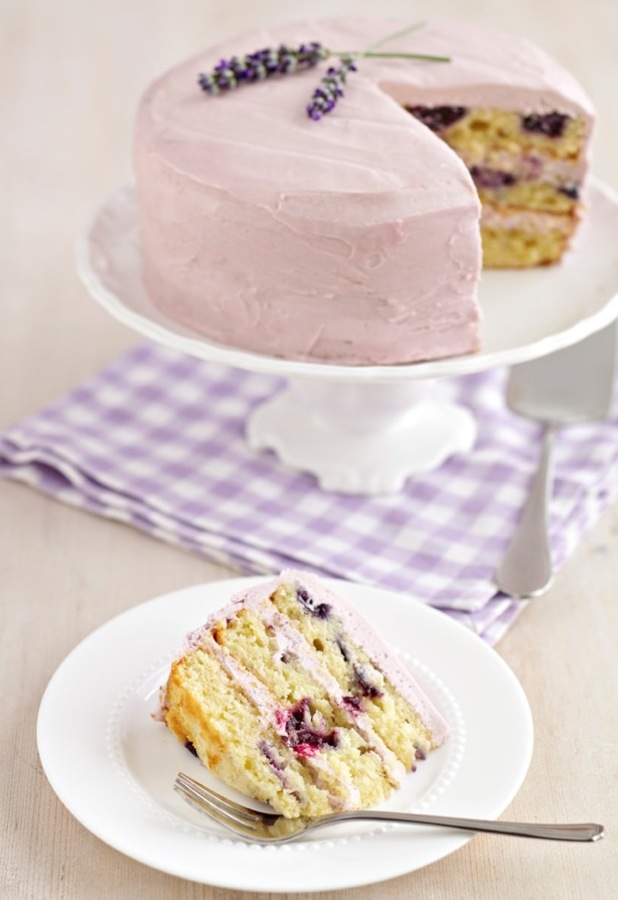Rachel's Blueberry and Lavender cake