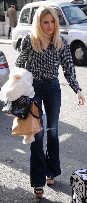 Pixie Lott goes for lunch in Mayfair on 27 February 2015
