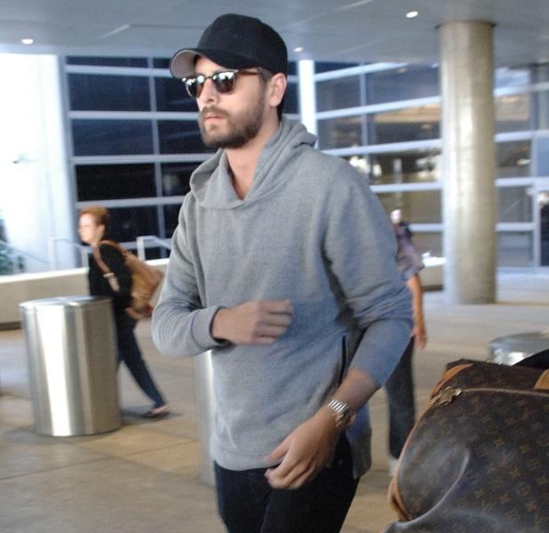 Scott Disick arrives at LAX alone - 03/08/2015