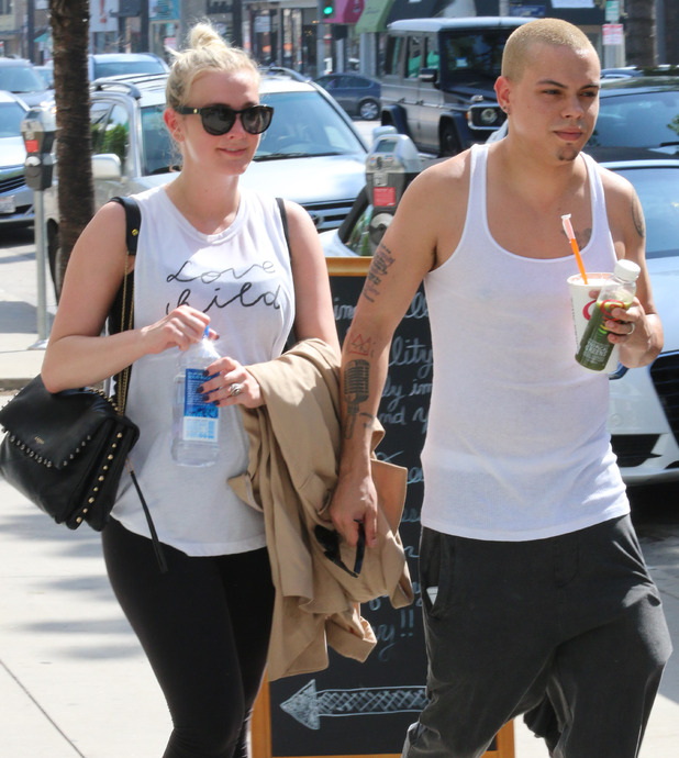Pregnant Ashlee Simpson and husband Evan Ross leaving a gym in Studio City - 19/3/2015.