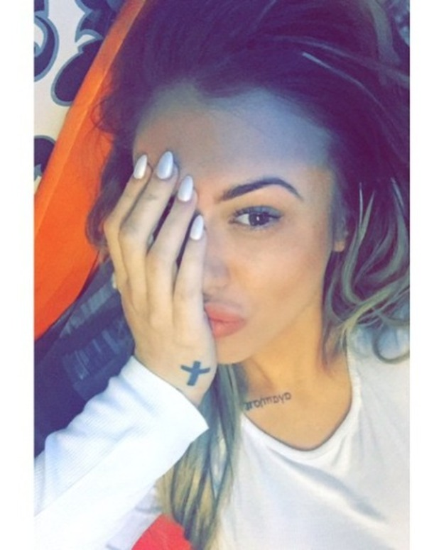 Holly Hagan complains that her nails are too short, 20 March