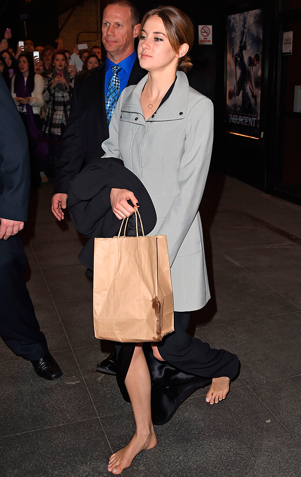 Shailene Woodley barefooted leaving the Divergent premiere 16 Mar 2015
