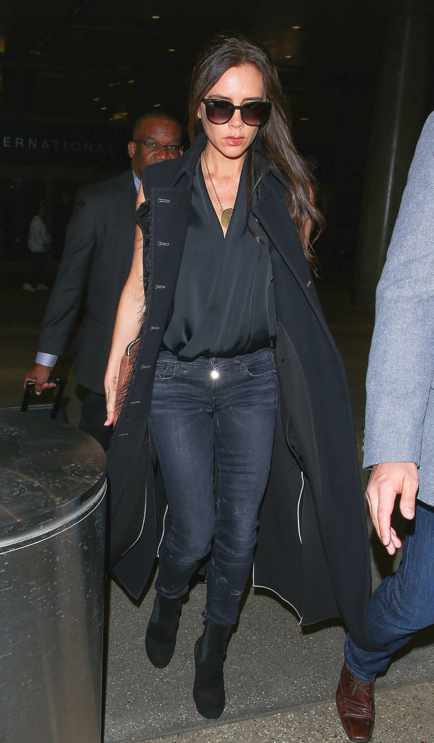 Victoria Beckham looks chic at LAX airport (25 March)