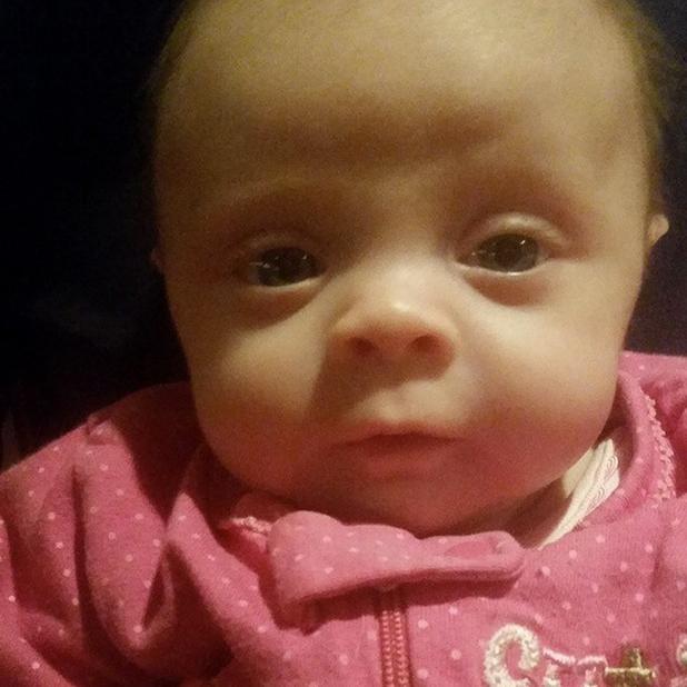 Teen Mom's Catelynn shares photo baby Nova, 23 March 2015
