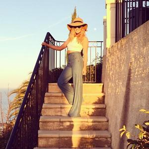 Little Mix's Perrie Edwards shares snaps from holiday with Zayn Malik, 3 April 2015
