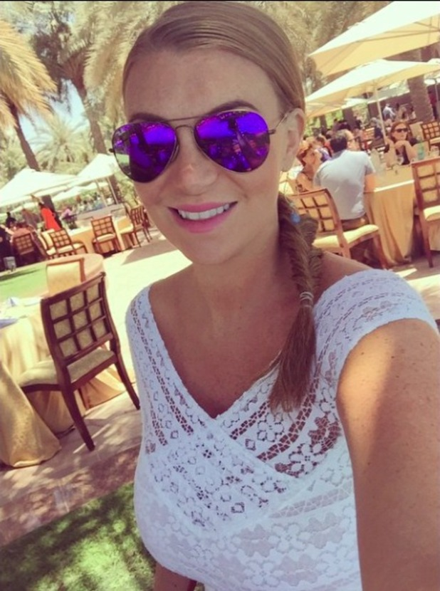 Billi Mucklow shares holiday snaps from trip to Abu Dhabi, 3 April 2015