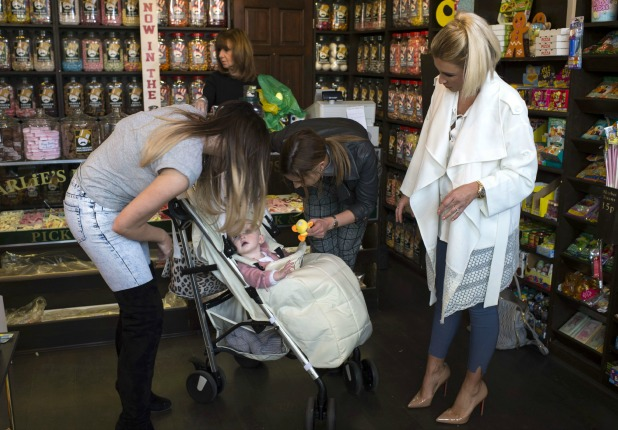 'The Only Way is Essex' cast filming, Britain - 31 Mar 2015 Billie and Nelly Faiers, Jessica Wright and Ferne McCann meet Charlies Sweet Shop, South Woodford.