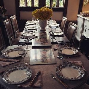 Kelly Brook celebrates Easter at home in the UK, Instagram 6 April
