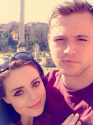Jaime-Leigh Paley and her fiance Nathan on babymoon in Rome, Twitter 3 April