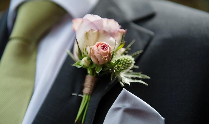 Wedding button hole on groom