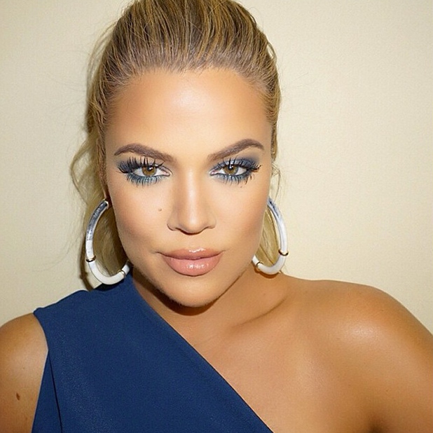 Khloe Kardashian Shimmers In Striking Blue Eye Make Up