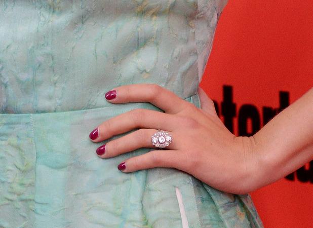 Scarlett Johansson shows off her engagement ring