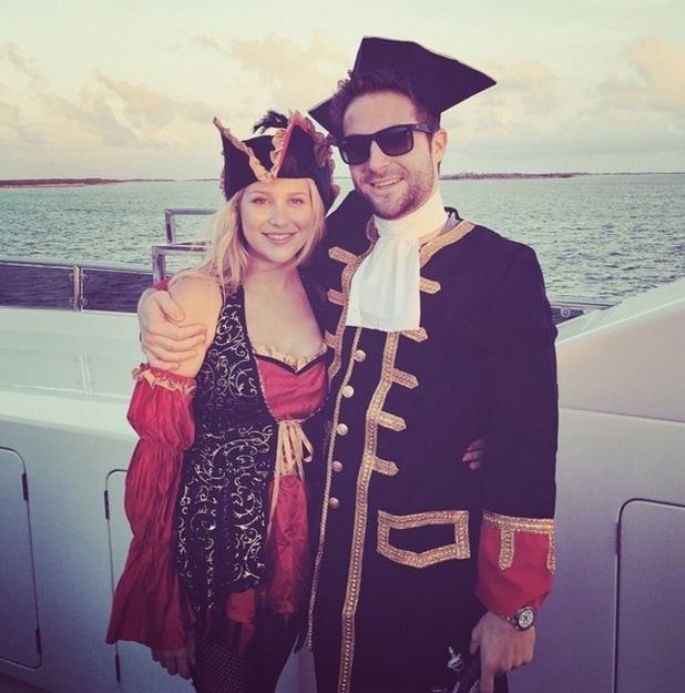 Josh Shepherd and Stephanie Pratt dress as pirates on Bahamas holiday, Instagram 14 April