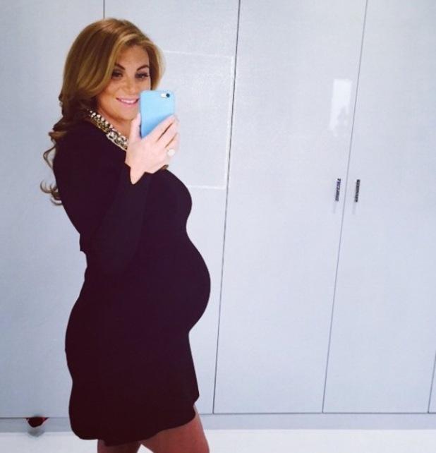 Pregnant Billi Mucklow shows off baby bump in black dress - 15 April 2015.