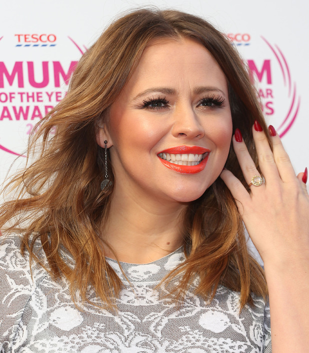 Kimberley Walsh shows off her engagement ring