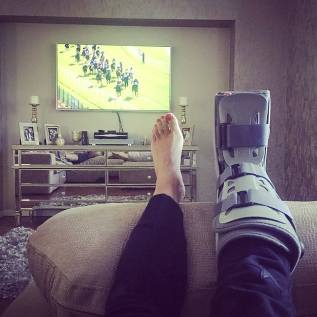 Cara Kilbey shares picture of foot after Lauren Goodger runs it over, April 2015