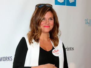 Tiffani Thiessen, Brady Smith and daughter Harper at Milk + Bookies 6th Annual Story Time Celebration, 19 April 2015
