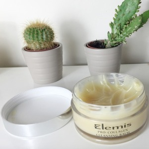 Ashley James shows off her favourite Elemis Pro-Collagen Cleansing Balm, 25 April 2015