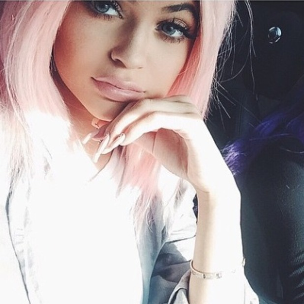 Kylie Jenner shows off her pink hair and super-long nails, 21 April 2015