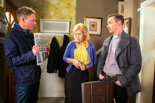 Corrie, Billy annoyed at Julie's article, Mon 4 May
